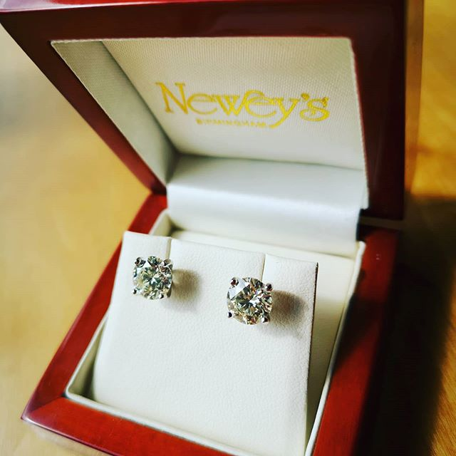Newey's Jewellers