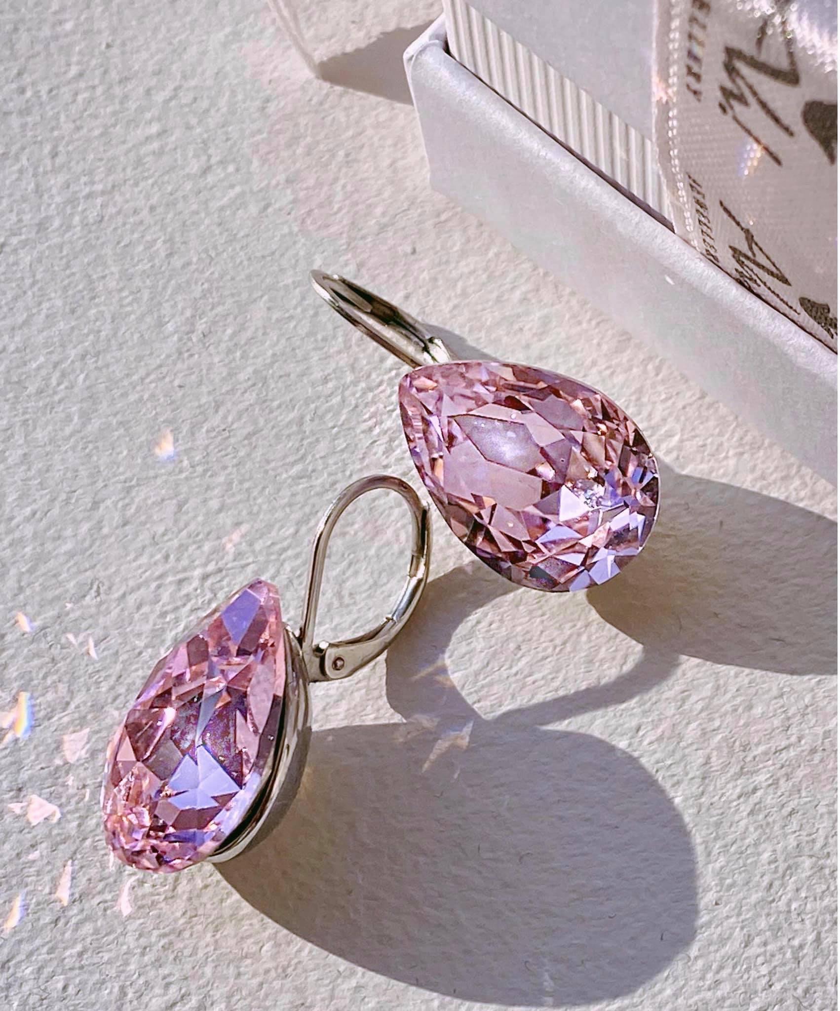 Ah! Jewellery