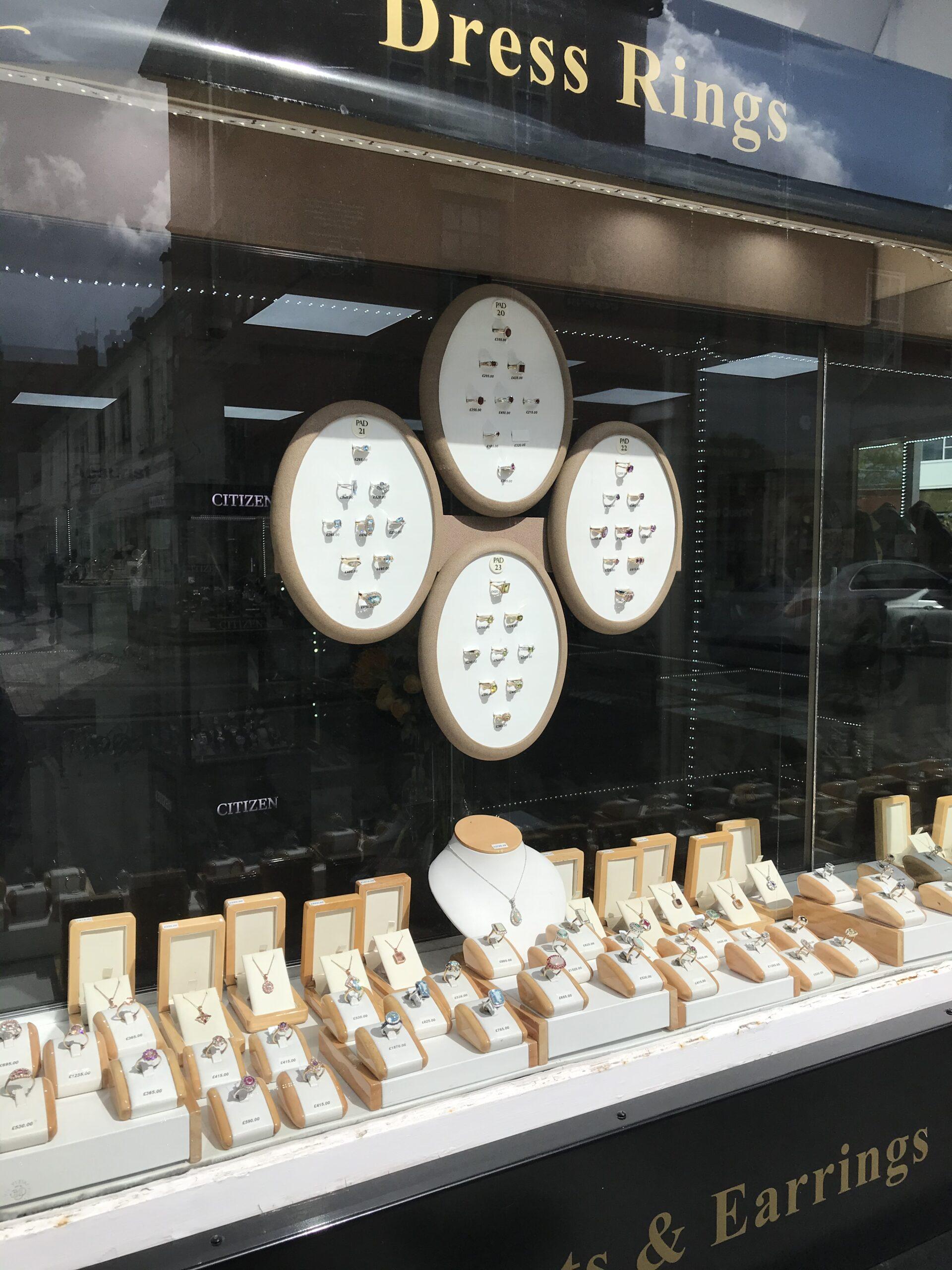 J & M Jewellers